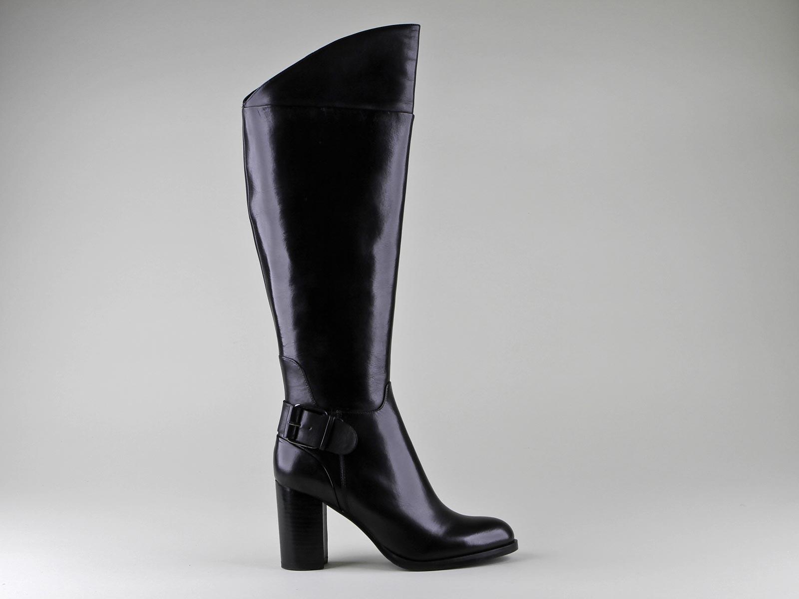 bottes en cuir montantes pour femme bruno r mi guide boutiques de mode guide shopping mode. Black Bedroom Furniture Sets. Home Design Ideas