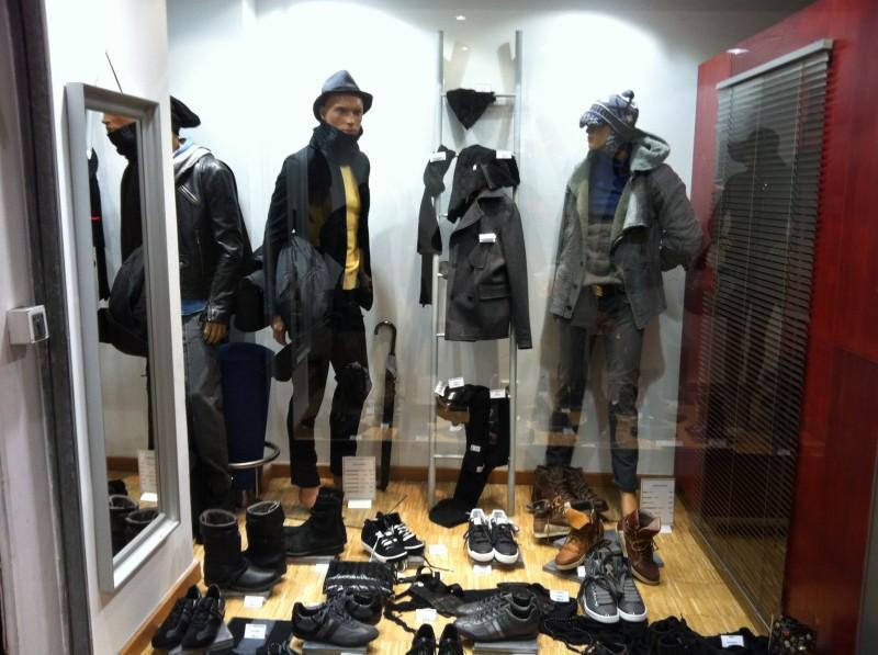 alibi boutique v tements de marque marseille guide boutiques de mode guide shopping mode. Black Bedroom Furniture Sets. Home Design Ideas