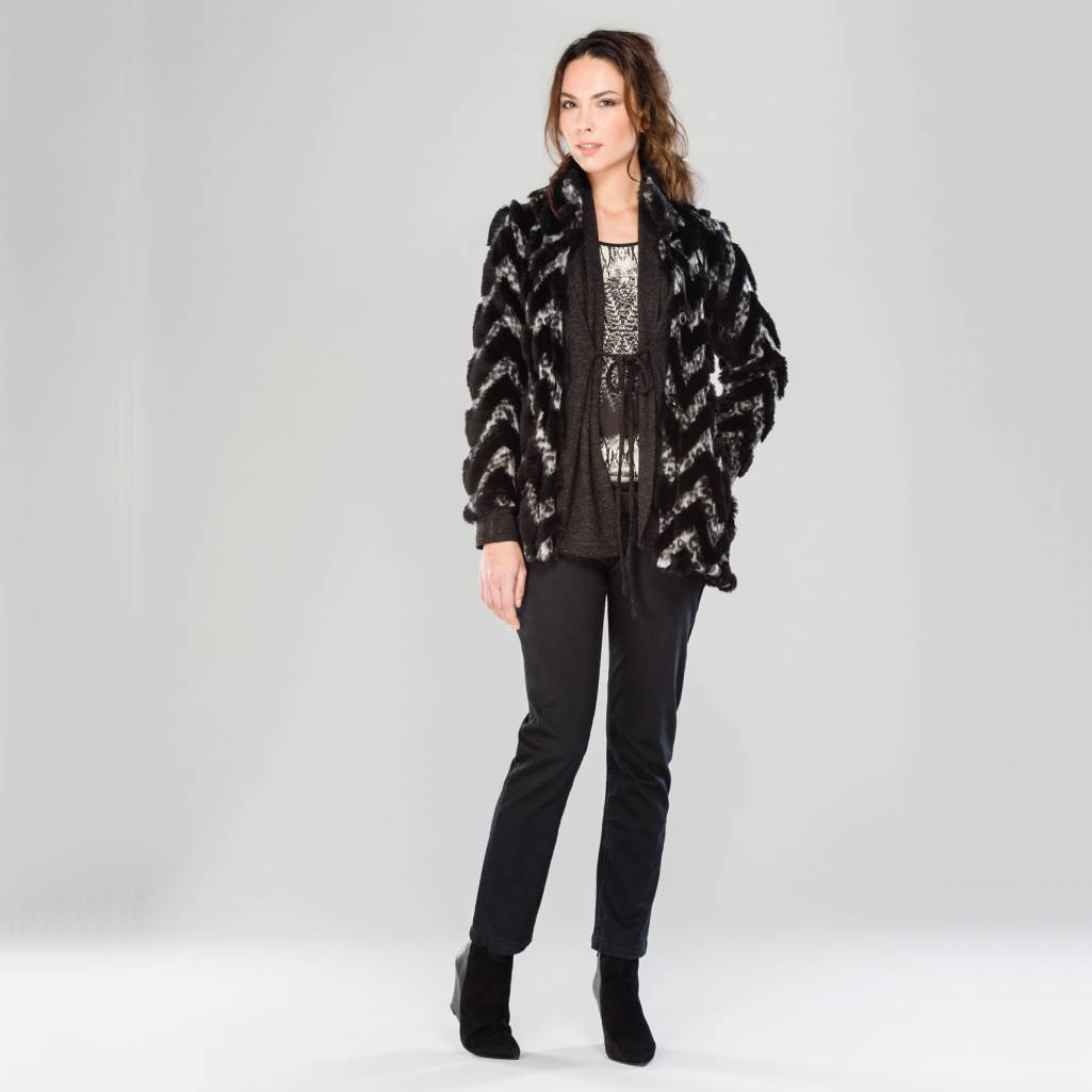 manteau d 39 hiver en laine pour femme evalinka 2015 2016 guide boutiques de mode guide. Black Bedroom Furniture Sets. Home Design Ideas