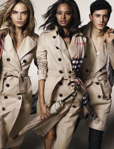 Look femme Burberry automne